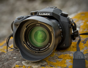 Panasonic Lumix FZ-1000